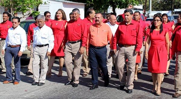 81 Aniversario festejo sin sindicato; Deschamps no cayó… en el juego