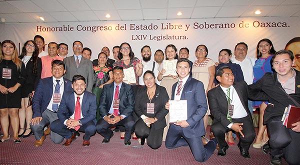 En la tierra de Juárez, oradores se dan cita en Certamen Nacional