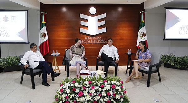 """Realizan conversatorio """"Federalismo Electoral"""""""