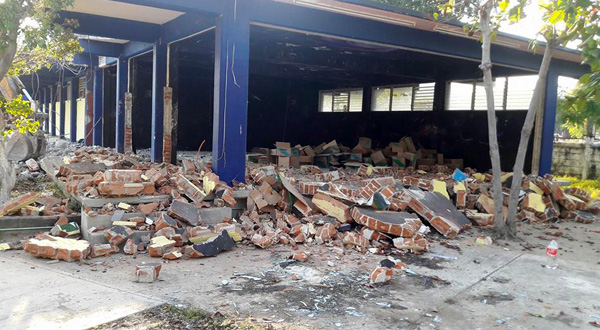 A paso lento la reconstrucción de escuelas