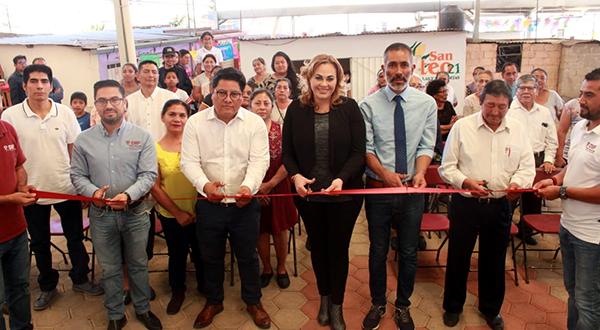 """Se suman locatarios del Mercado La Cascada al programa """"De mano a mano"""""""