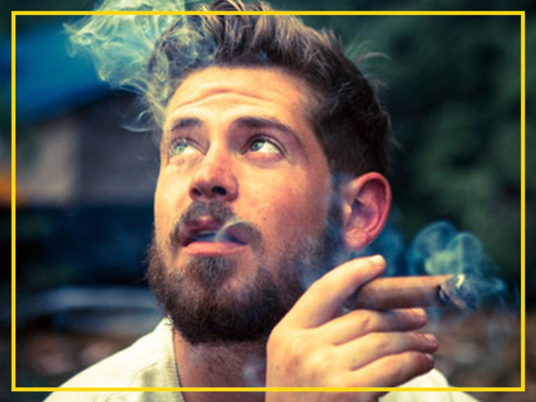 Bebida e cigarro alteram a coloração da barba