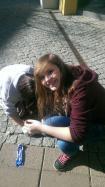 Isabel & Jule beim Putzen