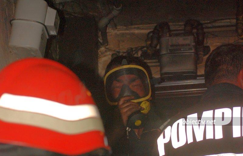 Slobozia: Incendiu la Bloc B16. FOTO & VIDEO
