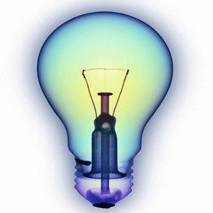 La lumière d'une ampoule électrique