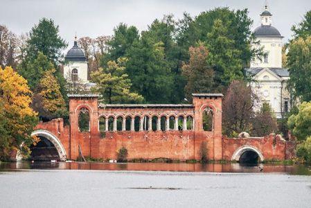7 старинных мостов России