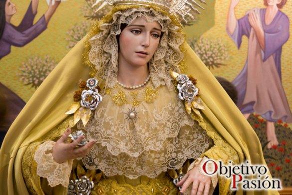 """Besamano """"Madre de Misericordia"""" – Maria Santísima de la Estrella"""