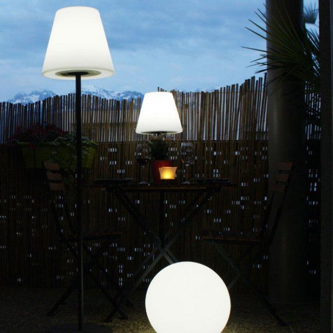 Lampe Solaire De Terrasse Sur Pied Arte 130 Lumens Eclairage Solaire Terrasse Objetsolaire