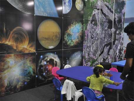 Foto 6 - Experimentos expostos na 8ª Semana Nacional de Ciência e Tecnologia