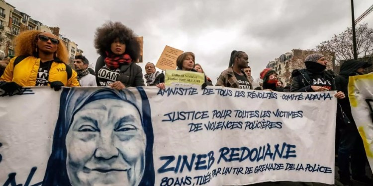 Marche blanche organisée par la famille de Zineb Redouane à Marseille, le 02 mars 2019