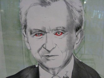 Bernard Arnault caricaturé, affiché à la rédaction des Echos