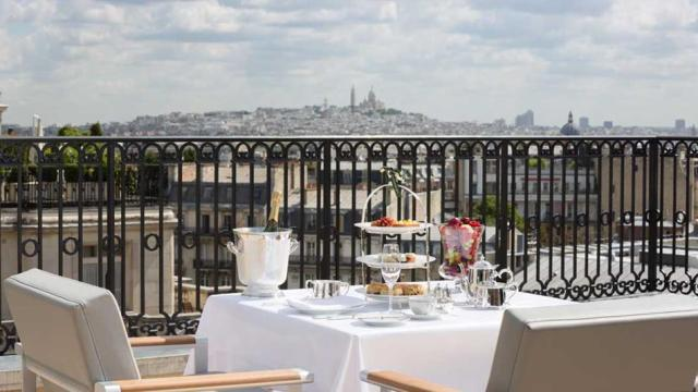 terrace-teaThe Peninsula Paris__la-mode-c-nous_live-la-mode-c-nous_lmcn_livelamodecnous_llmcn