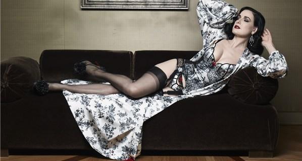 Dita Von Teese dévoile sa nouvelle lingerie «XXXtian»