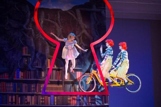 The Washington Ballet_ALICE (in wonderland) | Maki Onuki and Corey Landolt and Daniel Roberge | Photo by media4artists l Theo Kossenas