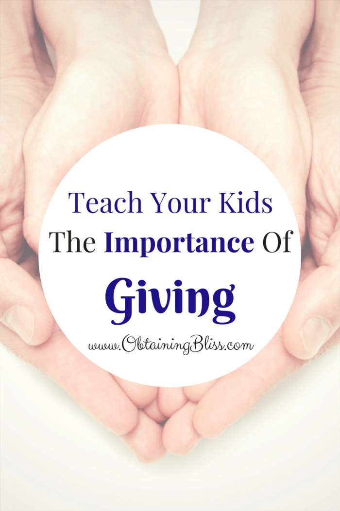 Are you having a hard time teaching your kids about how important it is to give? If so, here are a few ways you can encourage them to be more giving, during the holidays and beyond.