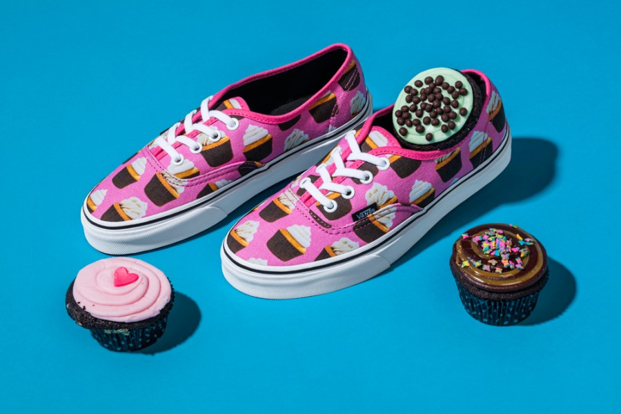 Late_Night_Pack_U_Authentic_HotPink_Cupcakes_0011