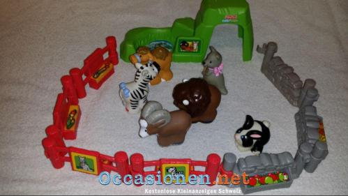 FISHER PRICE Little People Zoo-1