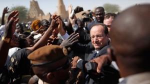 François Hollande hailed in Timbuktu as the savior of Mali.