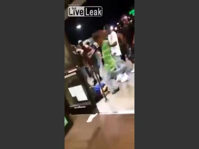 black-mob-beats-teen