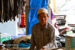 Padang shop metchant