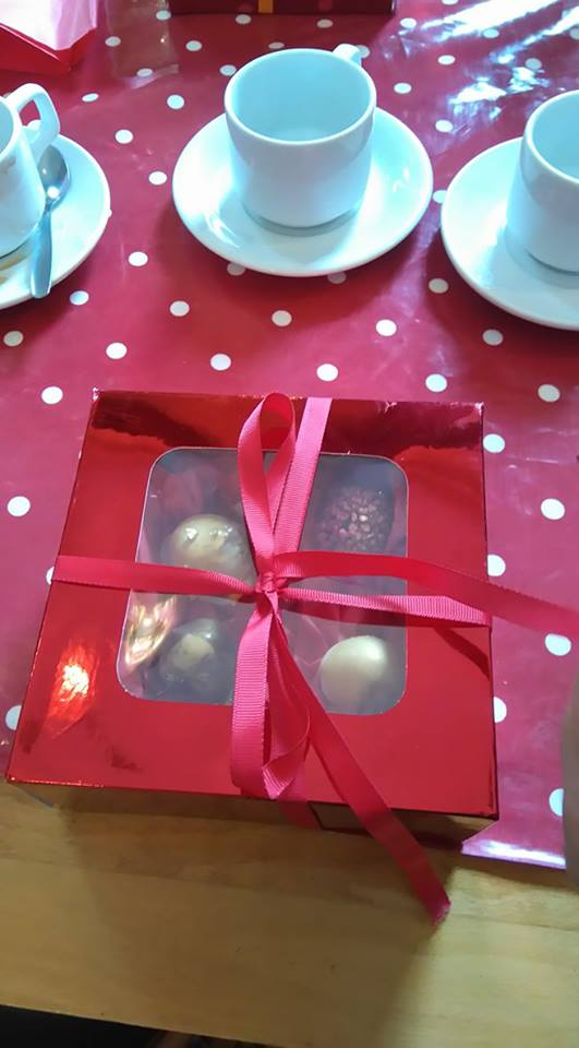 truffles-in-box-closed-ribbon