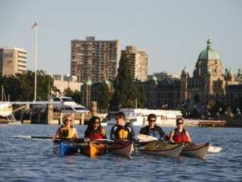 Kayaking-Inner-Harbour-Victoria