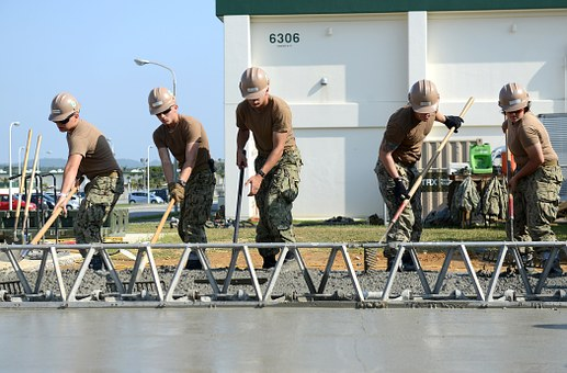 Soldiers as construction worker