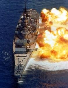 01-uss-iowa-broadside-us-navy