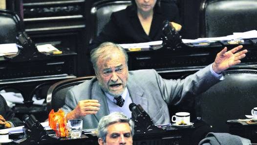 Filoso-formular-acusaciones-gobierno-diputados_CLAIMA20100715_0013_4