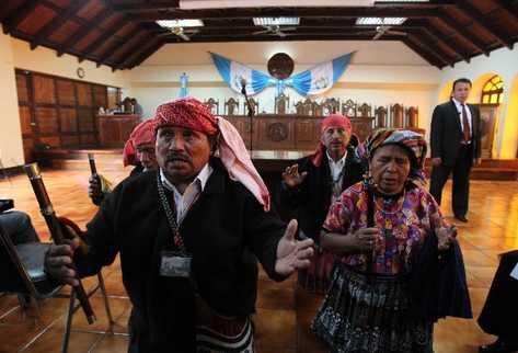 autoridades-celebran-ceremonia-CC-Sebastian PREIMA20120721 0034 37