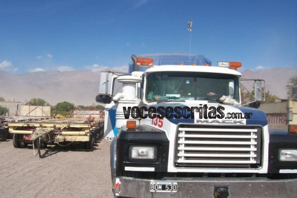 Camiones-de-la-empresa-Roman