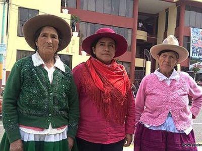 Mujeres criminalizadas por barrick