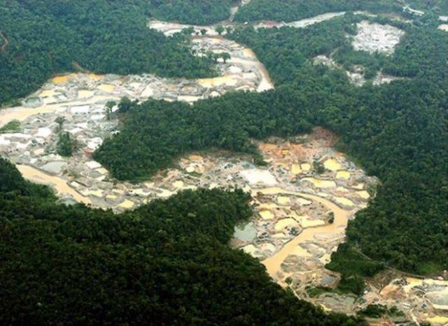El mercurio está arruinando la vida en el Amazonas Mineria-colombia