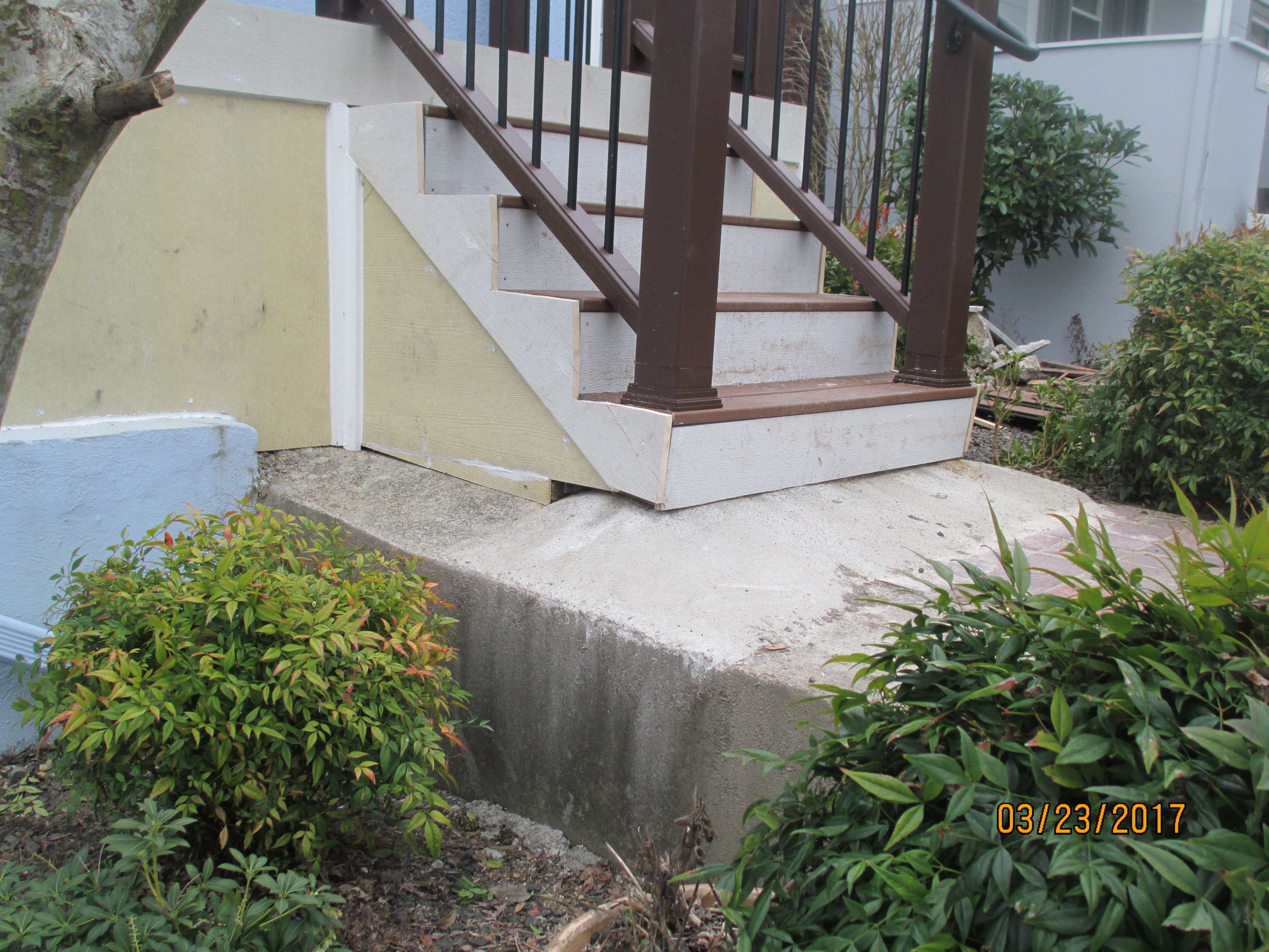Finding The Ideal Rise And Run For Porch Steps – Orange County | Outside Steps For Seniors | Dreamstime | Stair Treads | Handrail | Stainless Steel | Walkway