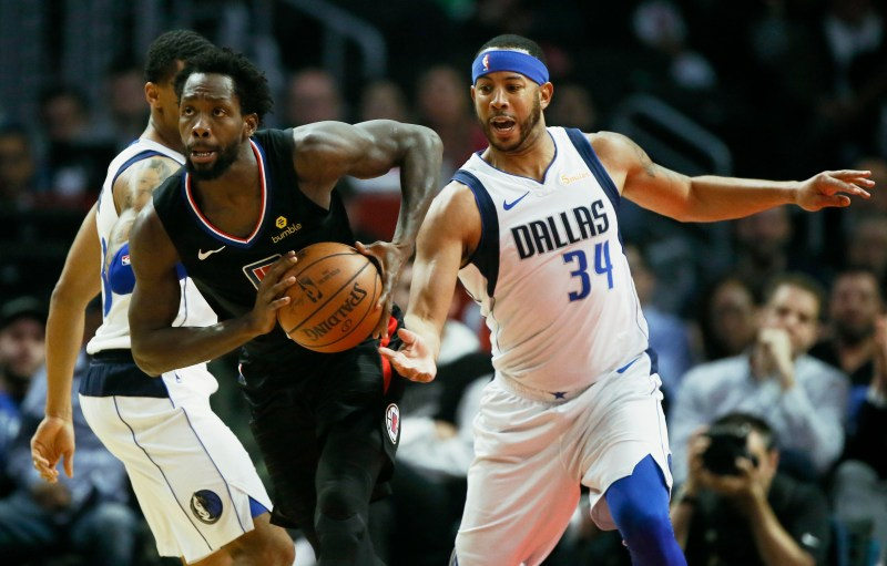 ccb6db20547f Montrezl Harrell scores 32 as Clippers beat Mavericks to gain ...
