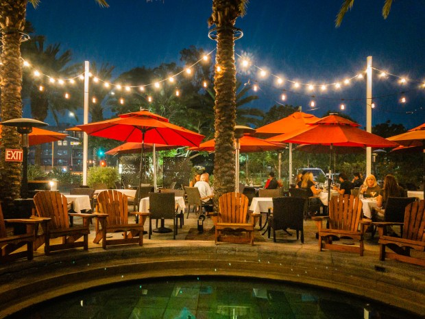 The outdoor dining plaza at Bistango in Irvine (Photo by Brad A. Johnson, Orange County Register/SCNG)