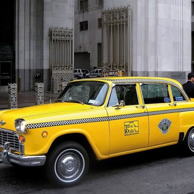 Checker Cab parkend
