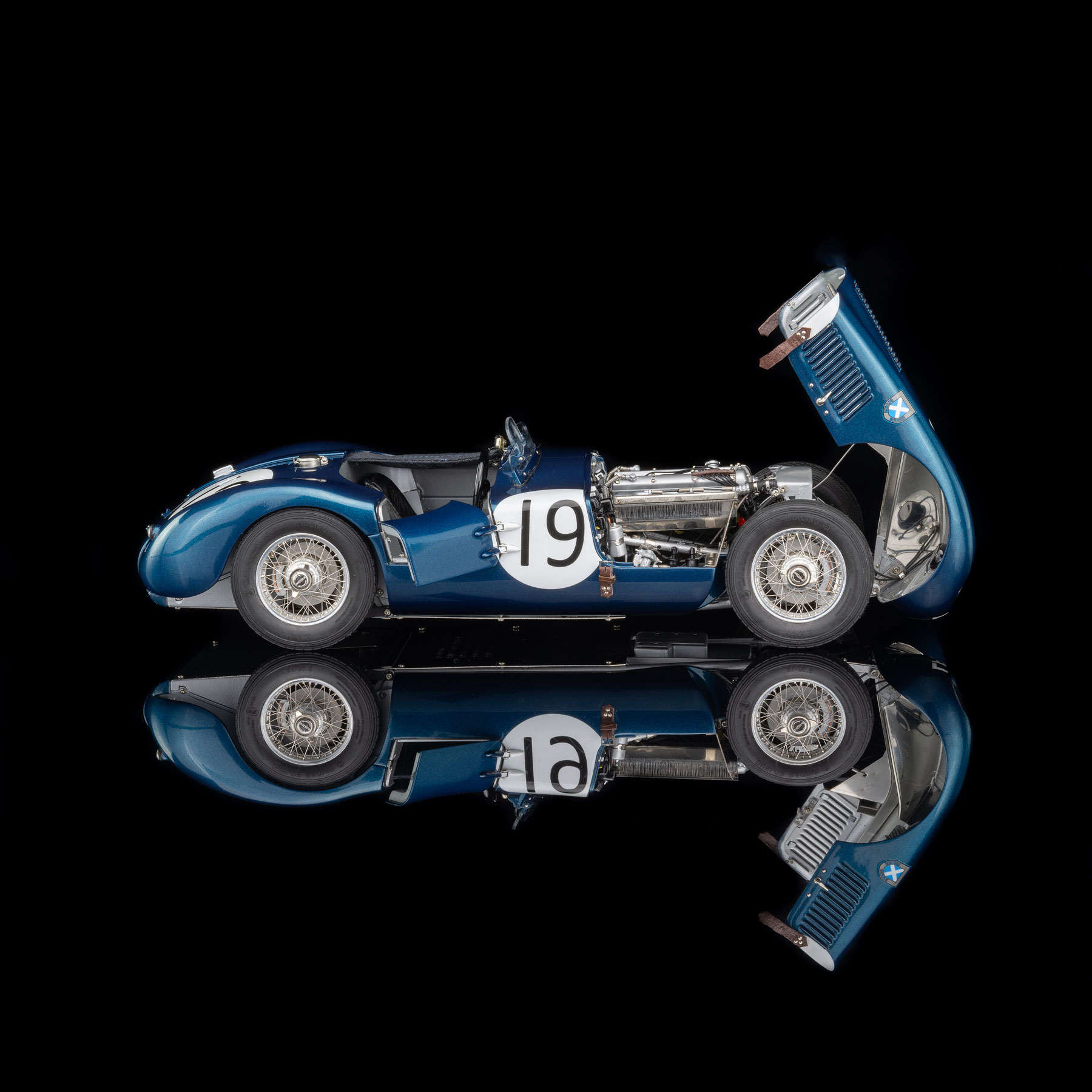 "OCTANE Limited Edition Jaguar C-Type ""Ecurie Ecosse"""