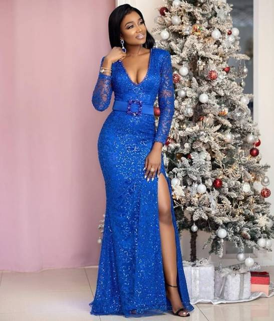 Aso Ebi Styles 2020 aso ebi styles 2020 - Aso Ebi Styles 2020 20 547x640 - 30 Aso Ebi Styles 2020 For Classy African Ladies To Try Out