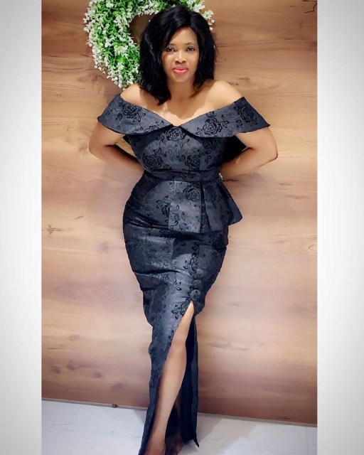 Aso Ebi Styles 2020 aso ebi styles 2020 - Aso Ebi Styles 2020 26 512x640 - 30 Aso Ebi Styles 2020 For Classy African Ladies To Try Out