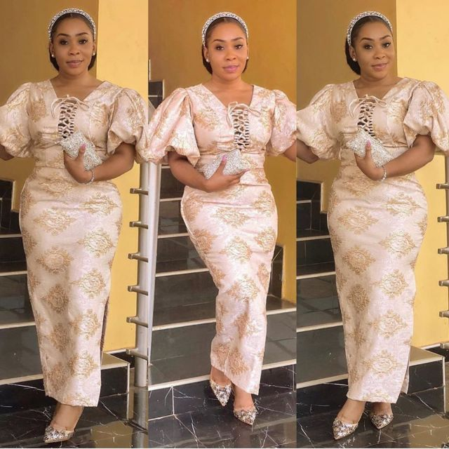 50 Most Beautiful and Creative Wedding Guest Styles You Will Love wedding guest styles - od9jastyles aso ebi styles 5 640x640 - 100 Most Beautiful and Creative Wedding Guest Styles You Will Love