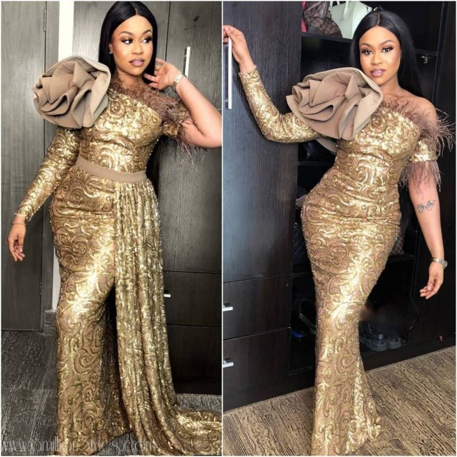 Gold Lace AsoEbi Dresses gold lace asoebi styles - asoebi asoebi With side extension OR without - These 25 Gold Lace AsoEbi Dresses Are Nothing But Stunning and Gorgeous