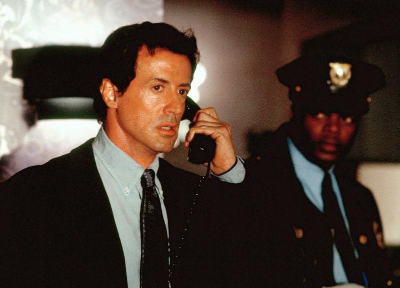 d-tox - D-Tox-Phone-call.jpg