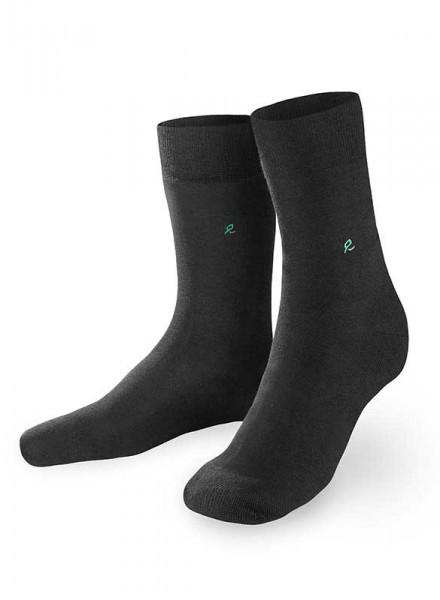 Atmende Socken aus Holz