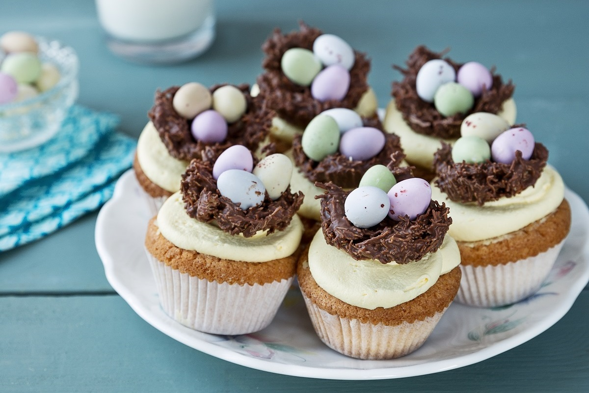 Easter Cakes And Buns
