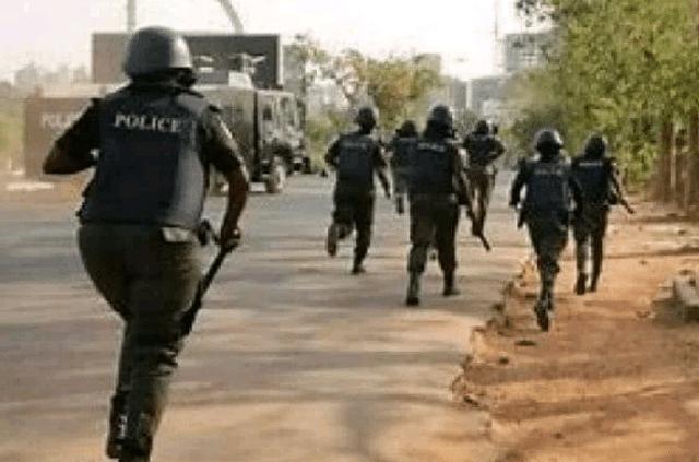 Nigerian police running away from ISWAP