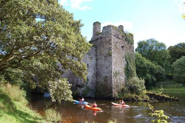 15 Carrigadrohid Castle where Boetius McEgan, Bishop of Ross, was hanged in 1650