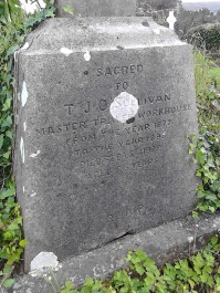 3-grave-in-rath-cemetery-of-t-j-osullivan-master-of-tralee-workhouse-1877-1898