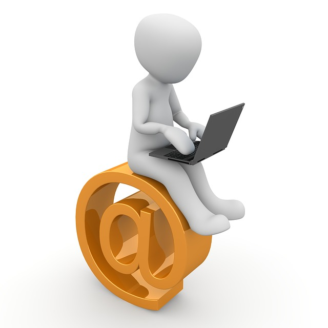 Jak založit email?