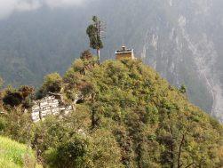 Klasztor na drodze do Serang Gompy